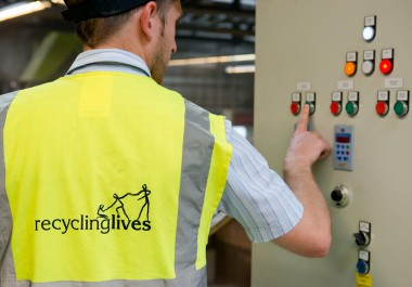 Recycling Lives recognised for rigorous safety standards